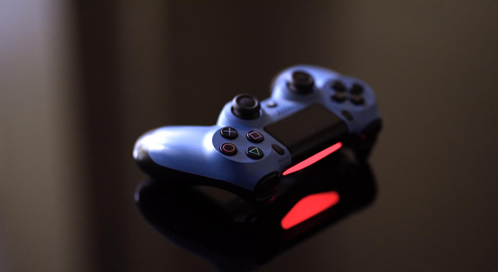 PS4コントローラー